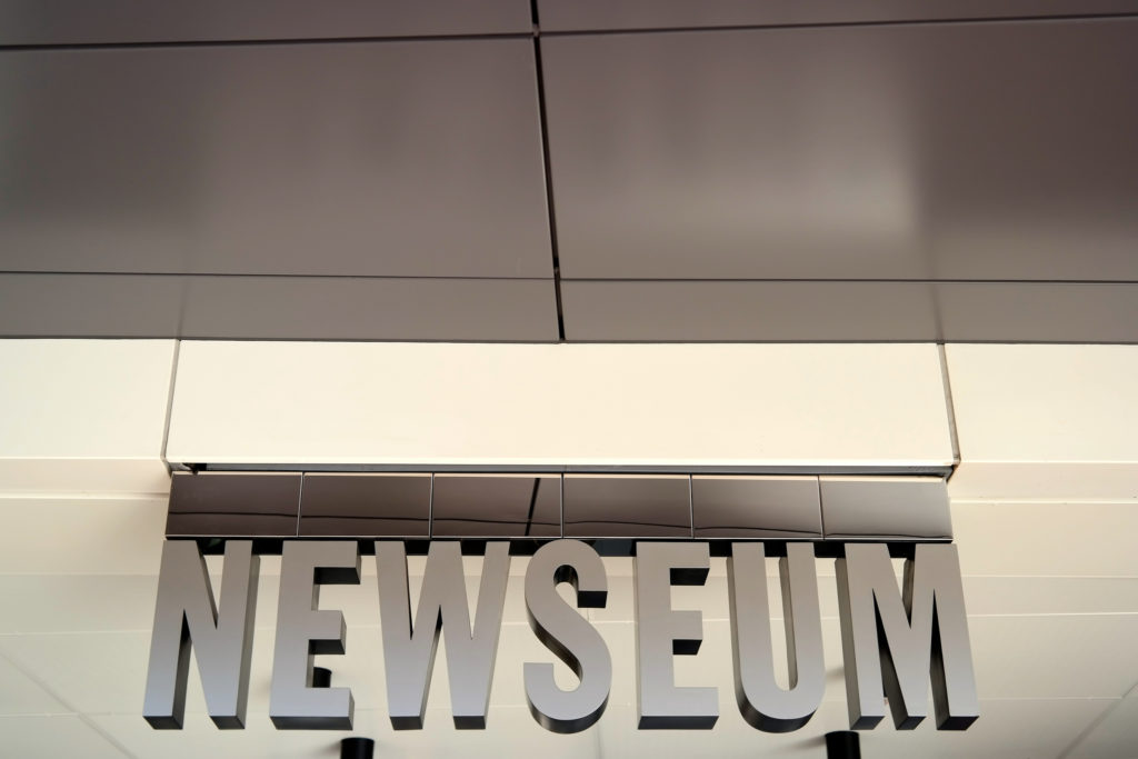 newseum-sign